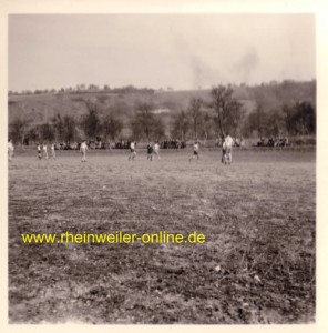 Spiel auf dem alten Sportplatz des FC Rheinweiler
